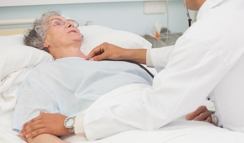 проверка состояния больного